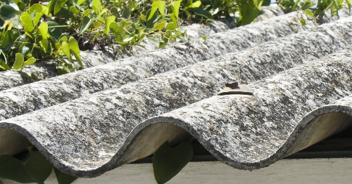 Hoe ziet asbest eruit? Asbest herkennen is niet moeilijk als je je afvraagt: Hoe herken je asbest?